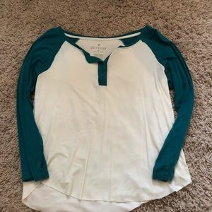 Tops - American eagle baseball shirt